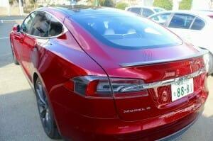 液体ガラスコーティングをテスラ(Tesla Model S)へ施工3