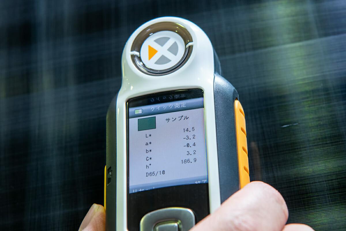 艶を最大限に引き出す車磨き研磨技術 車のコーティング 艶を数値化 車磨き研磨を分光色差計(側色計)で判定評価