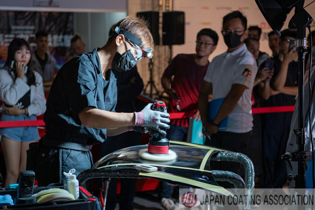 カーコーティング施工の基礎技術 車磨き研磨大会の審査員としてご招待頂きました