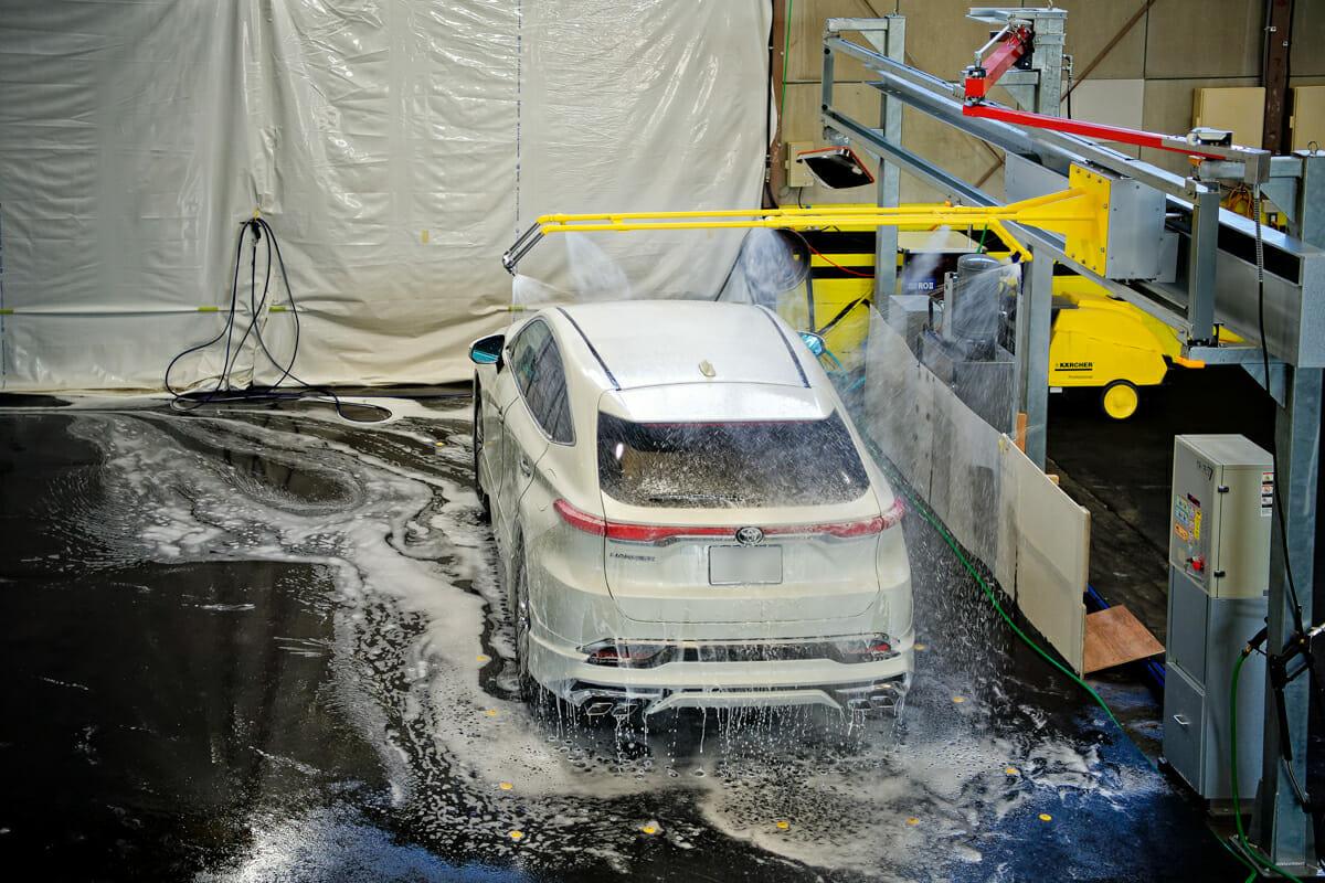 手洗い洗車の専用スペース